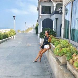 Kim (@stylebykimxo) trend setter casual outfit in Kelowna